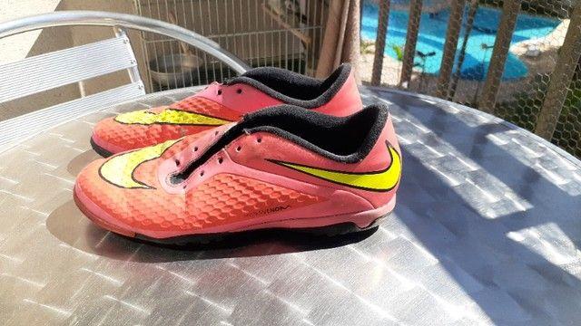 2 chuteiras Nike  - Foto 4