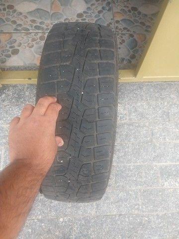 Pneu Pirelli scorpion medida 205/70 R16