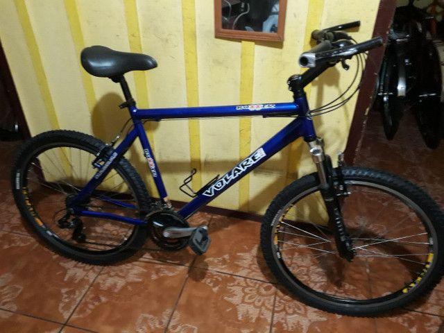 Bike semi nova quadro 21 aro 26 - Foto 2