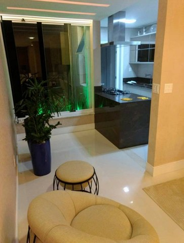 Apartamento 2 suítes nascente decorado e mobiliado no Corredor da Vitória - Foto 12