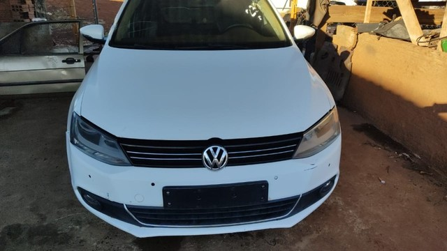 Volkswagen Jetta 2.0 TSI 2012 Batido Com Garantia Para Peças - Foto 7