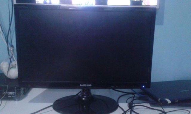 Monitor/TV Samsung HDMI full hd 21 pl