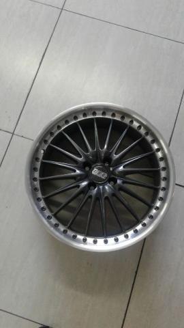 Roda aro 18 tsuya