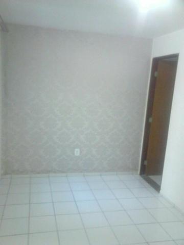 Apartamento 3/4 com 2 suítes Pajuçara R$ 1.500,00