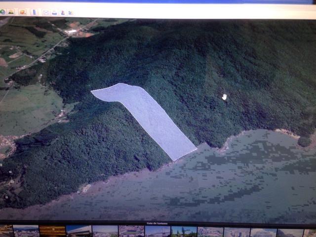Terreno com 337.000,00m2 na Costeira do Zimbros em Porto Belo SC