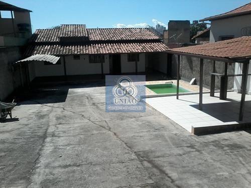 Casa independente em lote 360 metros², 01qt, piscina, Bairro Santa Terezinha/BH