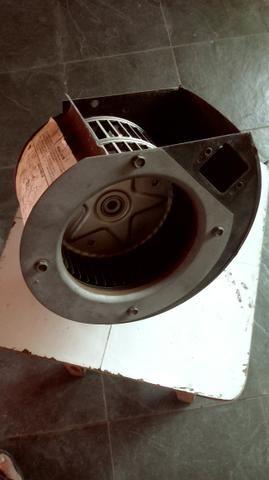 Motor Vent. ar cond. Volvo EDC vendo/troco - Foto 3