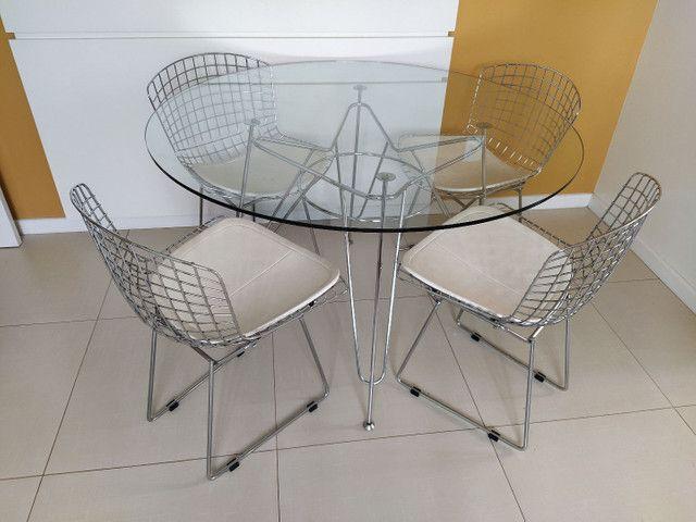 Jogo de mesa e cadeiras - Foto 2