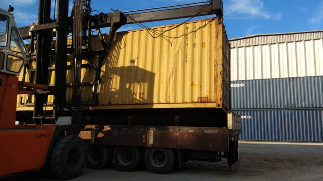 RJ container
