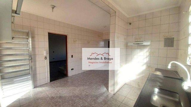 Sobrado com 4 dormitórios para alugar, 160 m² por R$ 2.500,00/mês - Cocaia - Guarulhos/SP - Foto 6