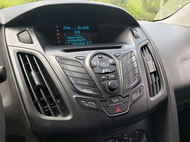 Ford Focus Sedã 2.0 - Foto 8