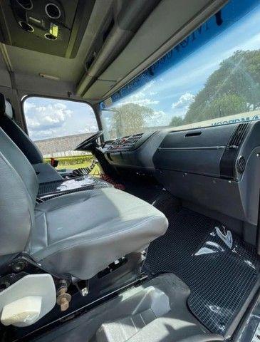 Mercedes Benz Axor 2831 6x4 caçamba 2006 - Foto 6