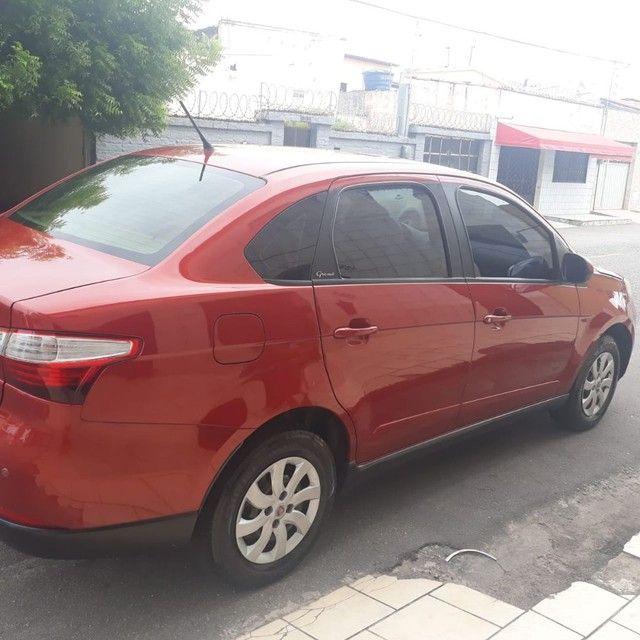 Fiat grand siena 12/13 com gás - Foto 2