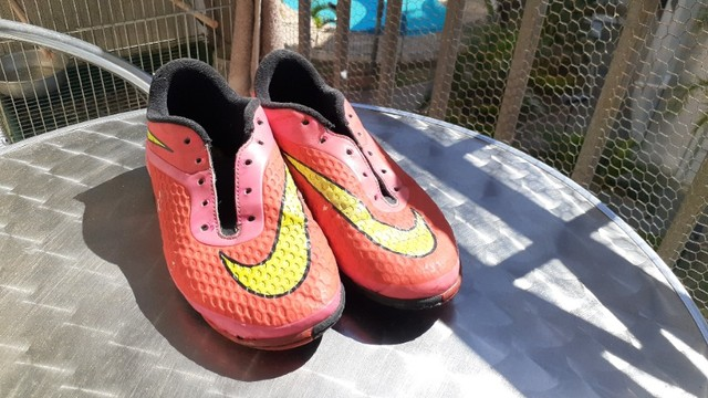 2 chuteiras Nike  - Foto 6