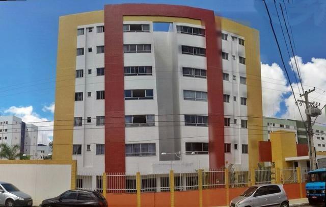 Apartamento no catolé, prédio com apenas 8 apartamentos. Imóvel 1004242