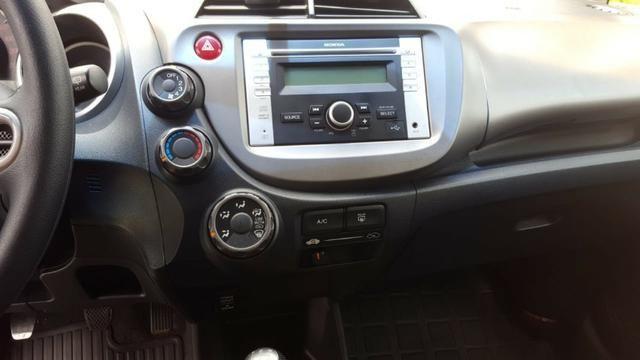 Honda Fit 1.4, Dx 2014 - Foto 11