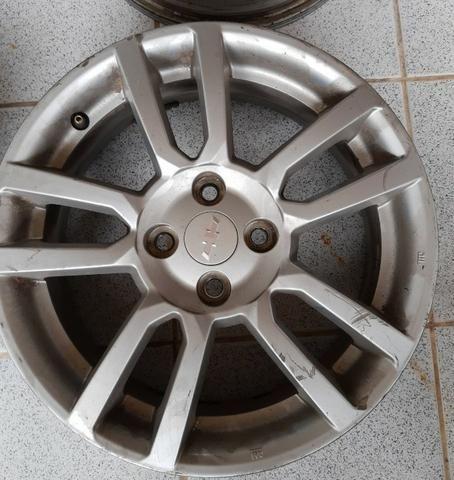 Jogo de rodas aro 16 Chevrolet Sonic 4x100 - Originais - Foto 2