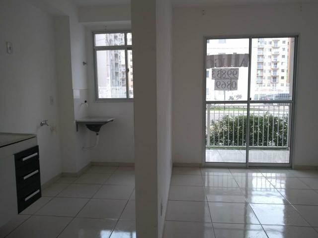 Apartamento de 2 quartos em Morada de Laranjeiras - Foto 3
