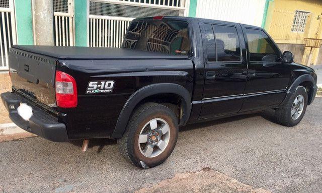 S10 ano 2011 R$ 37.500,00 - Foto 2