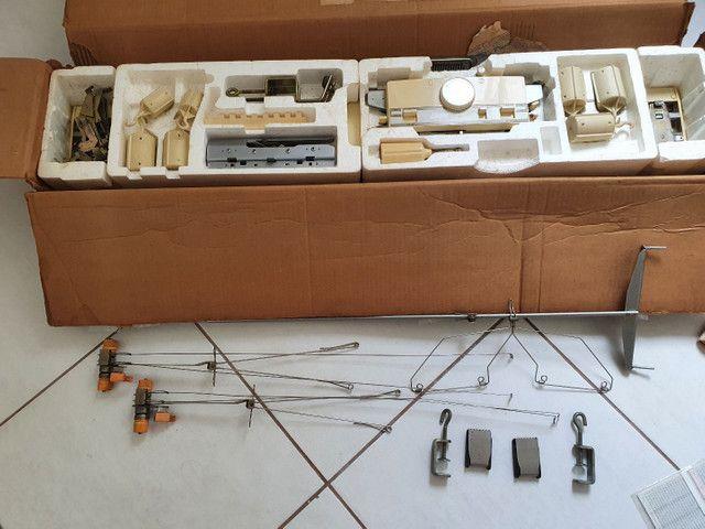 Maquina de tricô Elgin Brother 840 - Foto 4