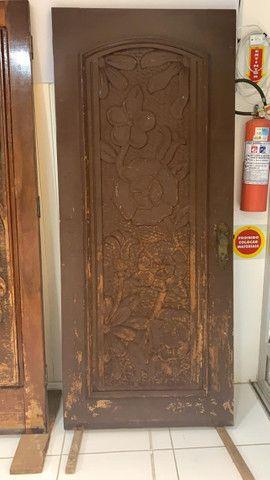 Portas de Madeira Trabalhada - Foto 4