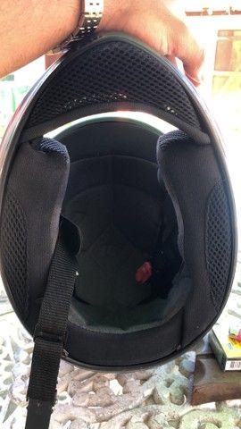 Vendo conjunto de capacete, numeração de ambos 58 - Foto 5