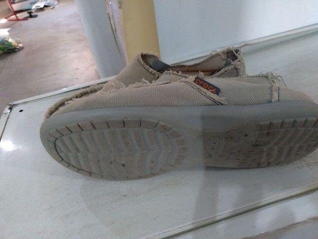 Sapato crocs  seminovo - Foto 2