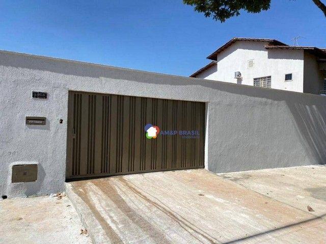 Casa com 3 dormitórios à venda, 215 m² por R$ 830.000 - Jardim Europa - Goiânia/GO
