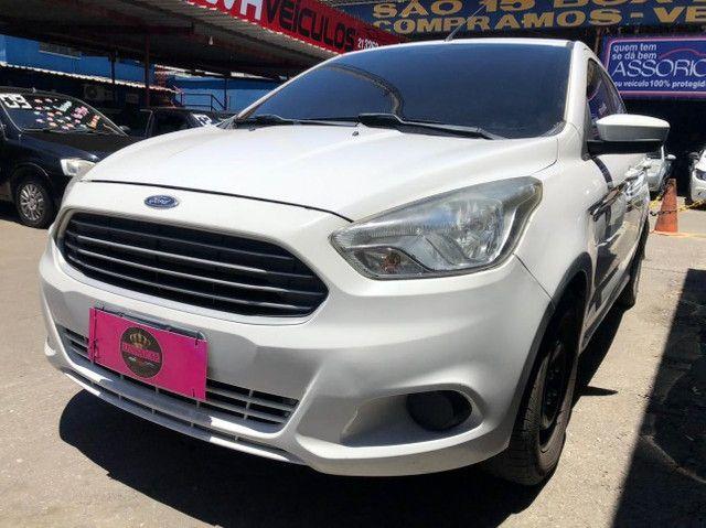 Ford K.A Sedan 1.5-(Ano 2015)-Completo com GNV. Entrada de 3 Mil + (48X de R$ 859,00)