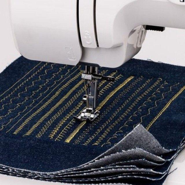 Máquina de Costura Janome Modelo 1006P - Foto 2