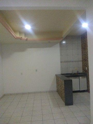 Apartamento térreo, com 3 quartos e 3 banheiros, garagem... - Foto 9