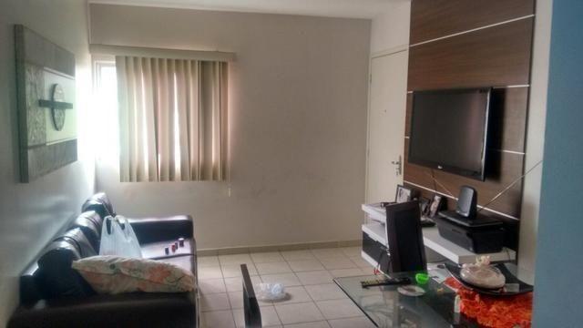 Lindo apartamento 1° andar na via expressa, Próximo ao Bompreço. Resid. Mata Atlântica