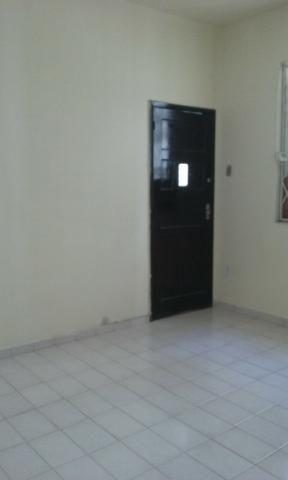 Apartamento térreo de 1 quarto com área de serviço e quintal no Engenho de Dentro