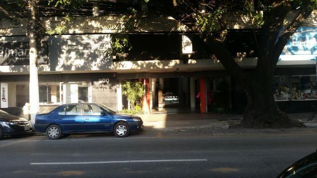 Sala Ed. Plaza, Aterrado (Em frente Royal)