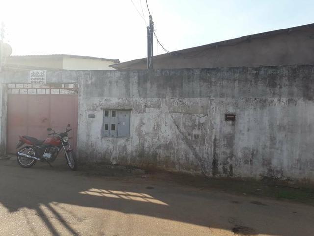 Casa com 2 apartamentos R$ 80.000 reais