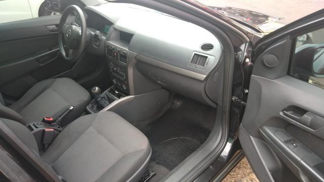 Chevrolet GM Vectra Expression 2.0 Preto - Foto 13