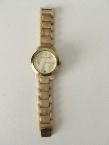 43d35eb4ca6 Relógio Michael Kors Feminino - Bijouterias