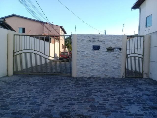 Casa em condomínio fechado poucas casas