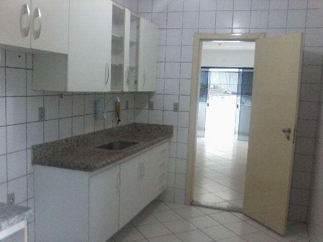 Apartamento 3/4 com dependência próximo ao centro de Itabuna - Foto 2