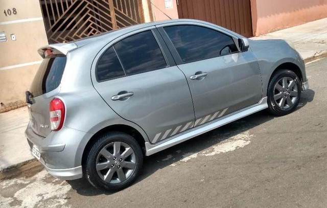 Nissan March 1.6 Sr Flex - Foto 4