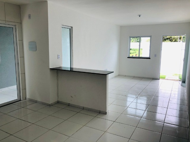 DP casa nova com 2 quartos 2 banheiros a 10 minutos de messejana - Foto 4