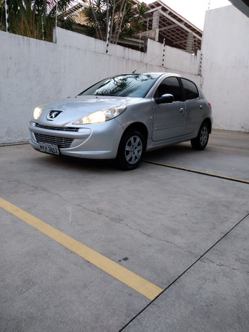 Peugeot 207 1.4 8v 2013 Excelente Estado! - Foto 2