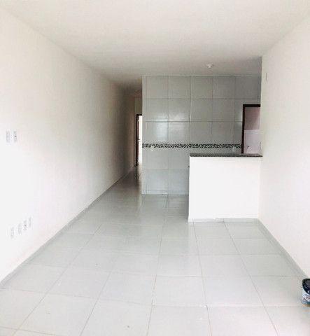 DP casa nova com 2 quartos 2 banheiros a 10 minutos de messejana - Foto 6