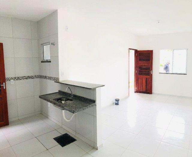 DP casa nova com 2 quartos 2 banheiros a 10 minutos de messejana - Foto 5