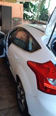 Ford Focus Hatch Titanium Plus 2.0 16V PowerShift 2015 - Foto 13