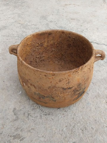 Caldeirão panela ferro furado antiguidade decoração artesanato enfeite  - Foto 6