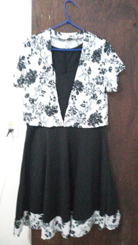 Estou vendendo estes vestidos 50,00 cada é as saias 30,00 reais  - Foto 4
