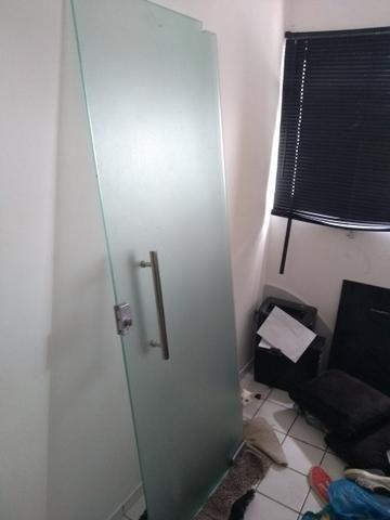 Porta de vidro temperado puxador 100% inox