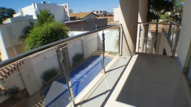 Sobrado 5 Suítes, 425 m², semi mobiliada, c/ lazer na 303 Sul - Foto 17