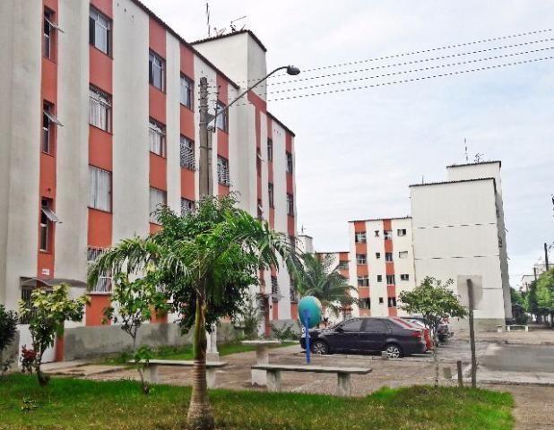 Apartamento com 2 quartos em castelandia